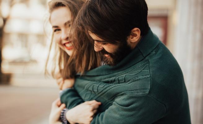 Зодиите, които ще срещнат любовта през октомври