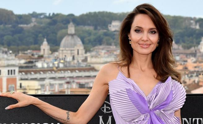 Анджелина Джоли за Брад Пит, новите проекти и още