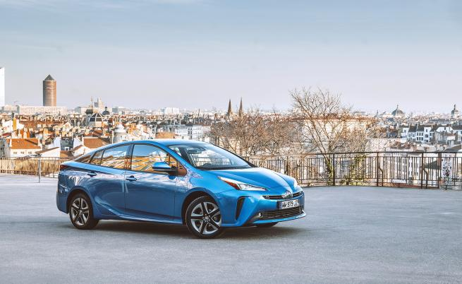 Пионерството на Toyota, извело я до световния връх при хибридното задвижване