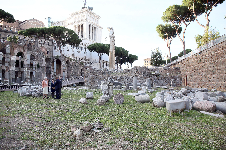 <p>Римският&nbsp;форум</p>