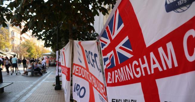 България Напрежение между английски футболни фенове, направиха