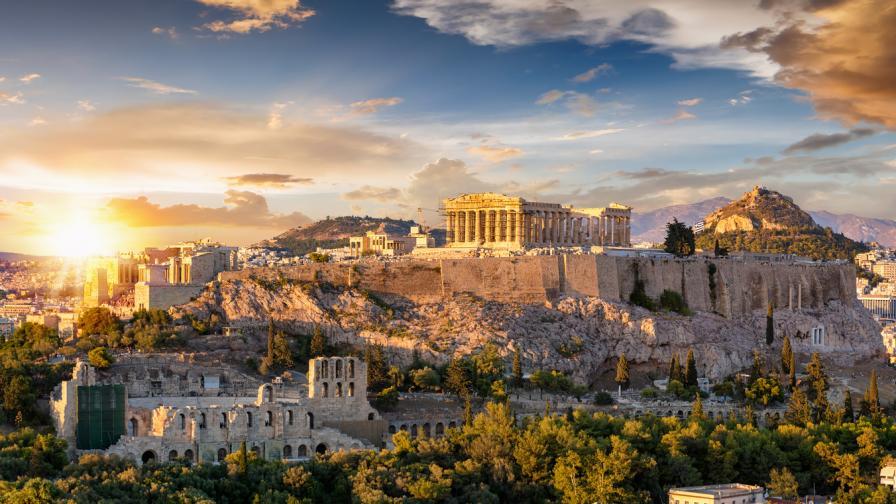 Гърция обяви график за падане на ограниченията заради коронавируса