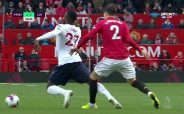 Манчестър Юнайтед поведе на Ливърпул със спорен гол