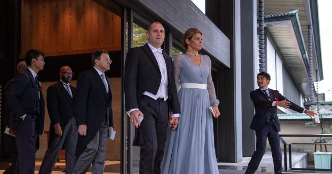 Държавният глава Румен Радев и съпругата му Десислава Радева присъствахана