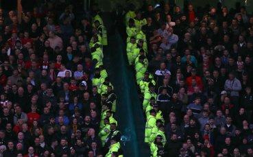 Фенът-расист на Юнайтед - Ливърпул получи наказание