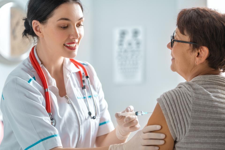грип ваксина вирус