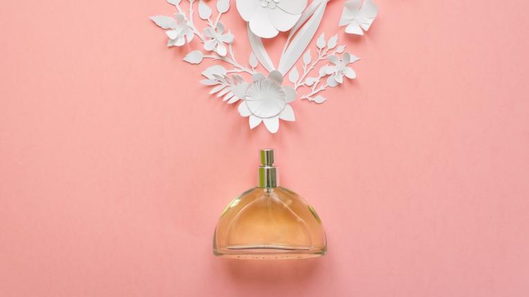 Кажи ми каква ти е кожата, за да ти кажа къде да се напръскаш с парфюм