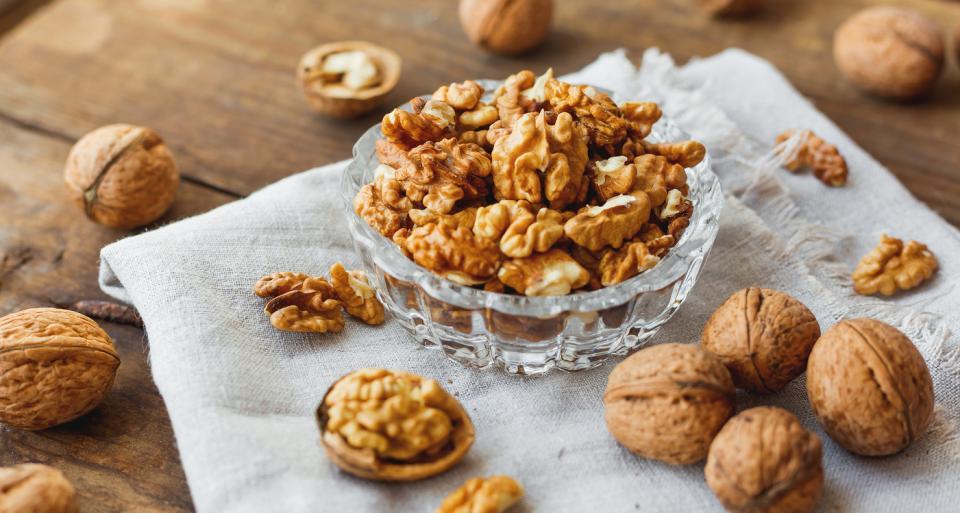 ядки сладко храна смокини орехи