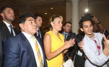 Марадона осъди модна къща
