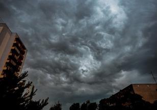 Гръмотевични бури през уикенда