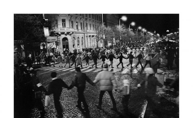 Крахът на комунизма в снимки на български фотограф
