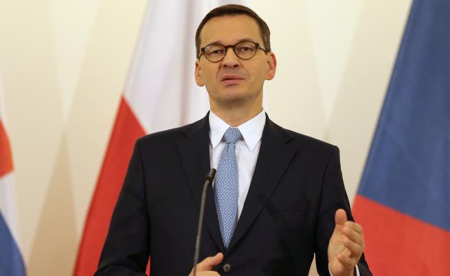 Моравецки: Плащат за руски оръжия с европейски пари