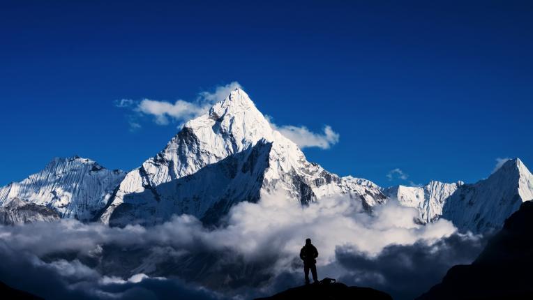 Теория на конспирацията: всъщност никой никога не е покорявал Еверест