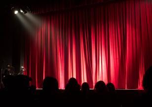 Време за... театър