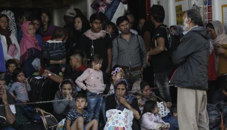 Построен за 650, вътре - 6000 мигранти.