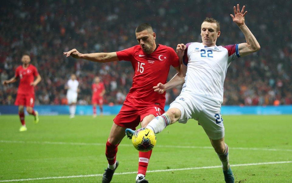 Отборите на Турция и Исландия завършиха при резултат 0:0 в