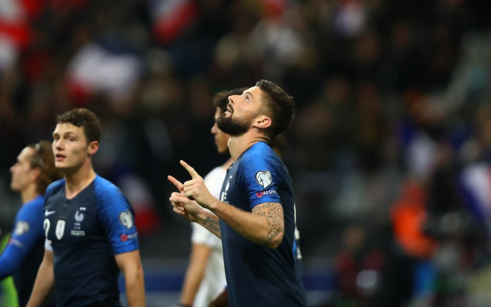 Отборът на Франция постигна трудна победа с 2:1 при домакинството
