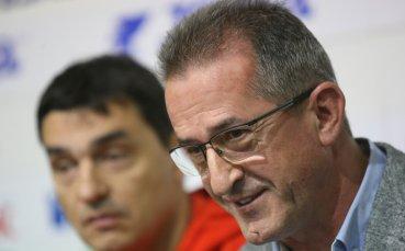 10 водещи клуба за обявиха за свалянето на Данчо Лазаров