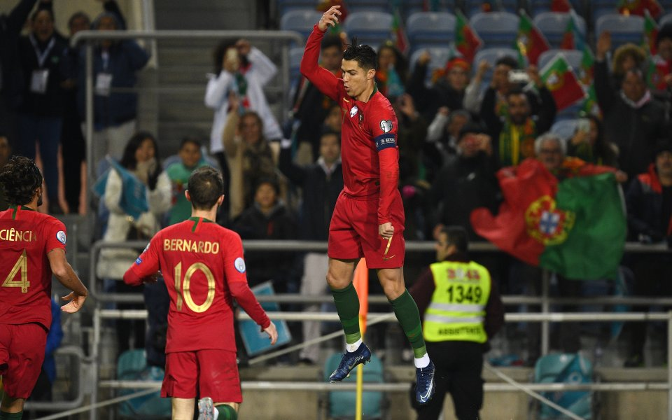 С отминаването на последните европейски квалификации Кристиано Роналдо се доближи