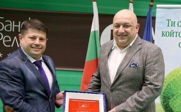 Министър Кралев присъства на 14-я ученически турнир по бадминтон Златно перце