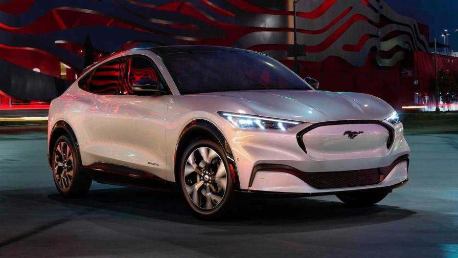 <p>Това е електрическият Ford Mustang Mach-E</p>