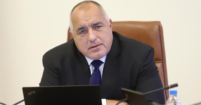 България Борисов: Родителите са снимали как се държат в болниците