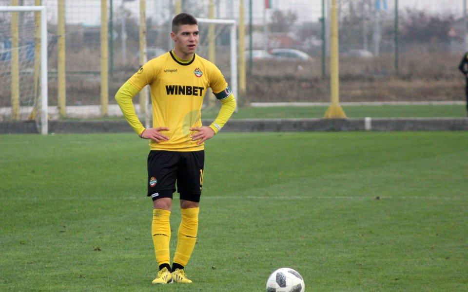 Димитър Тонев се завърна в състава на Ботев Пловдив. Полузащитникът