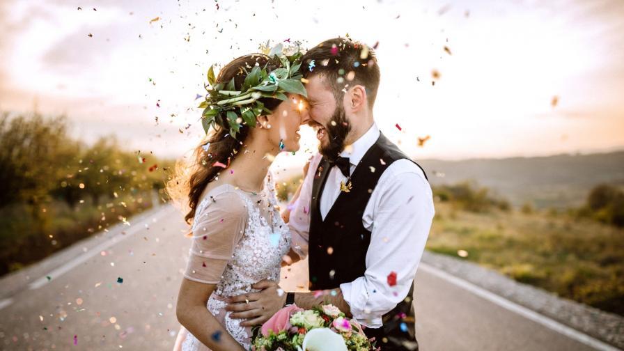 <p>Двойка се венча <strong>над облаците </strong>(СНИМКА)</p>