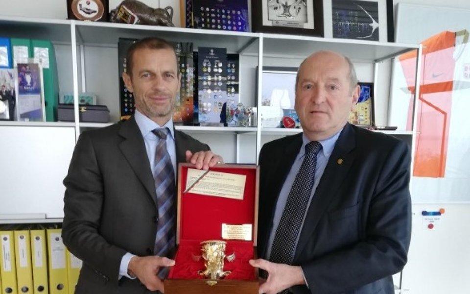 Временно изпълняващият президетските функции на Българския футболен съюз Михаил Касабов
