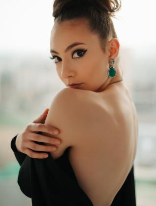 Алекс Драгова