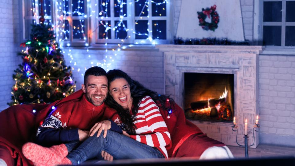 Коледа филм двойка любов уют празник
