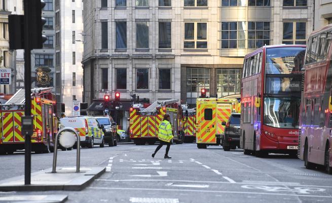 Затвориха Лондонския мост заради стрелба, жертви
