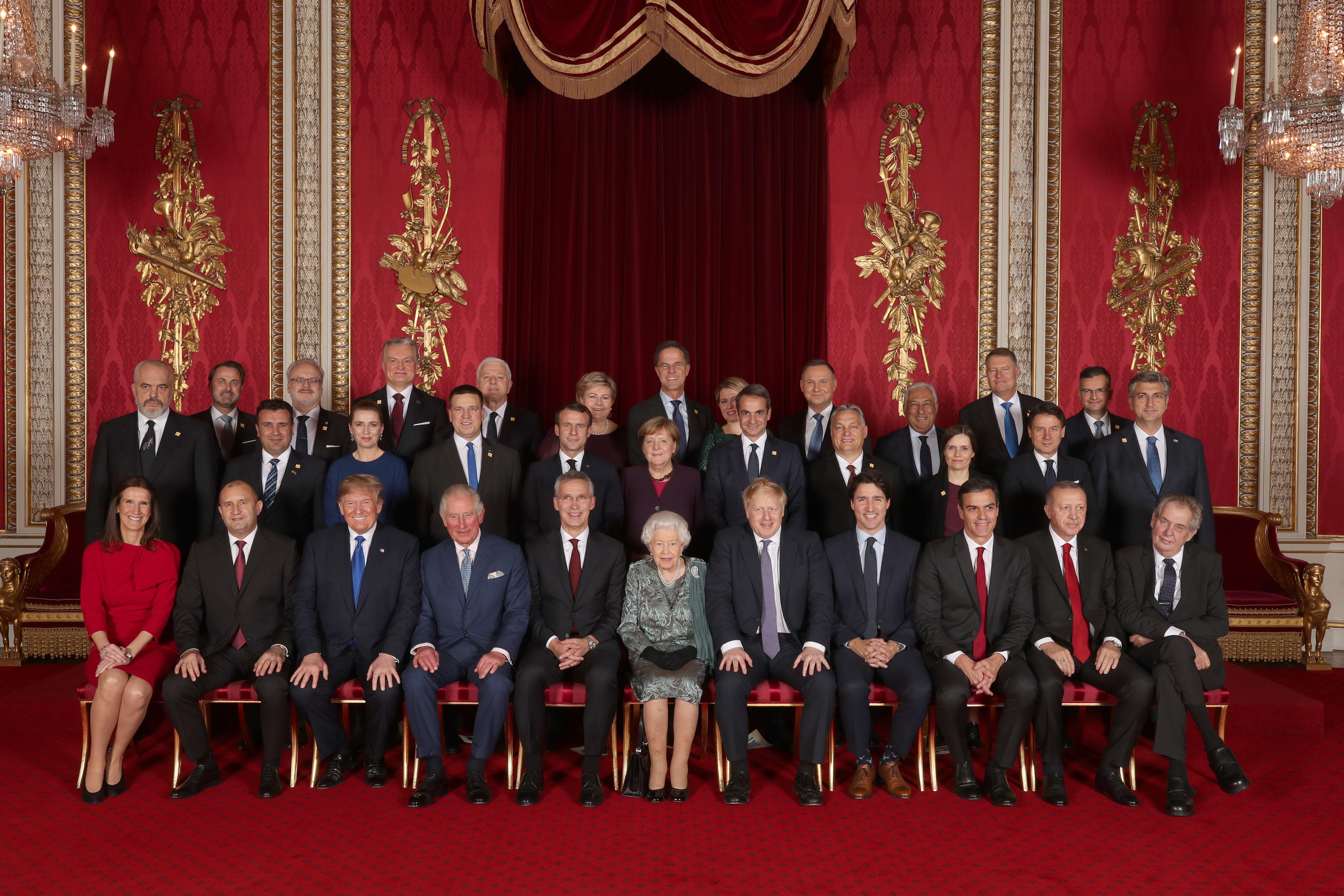 <p>Всички лидери на страните от НАТО</p>