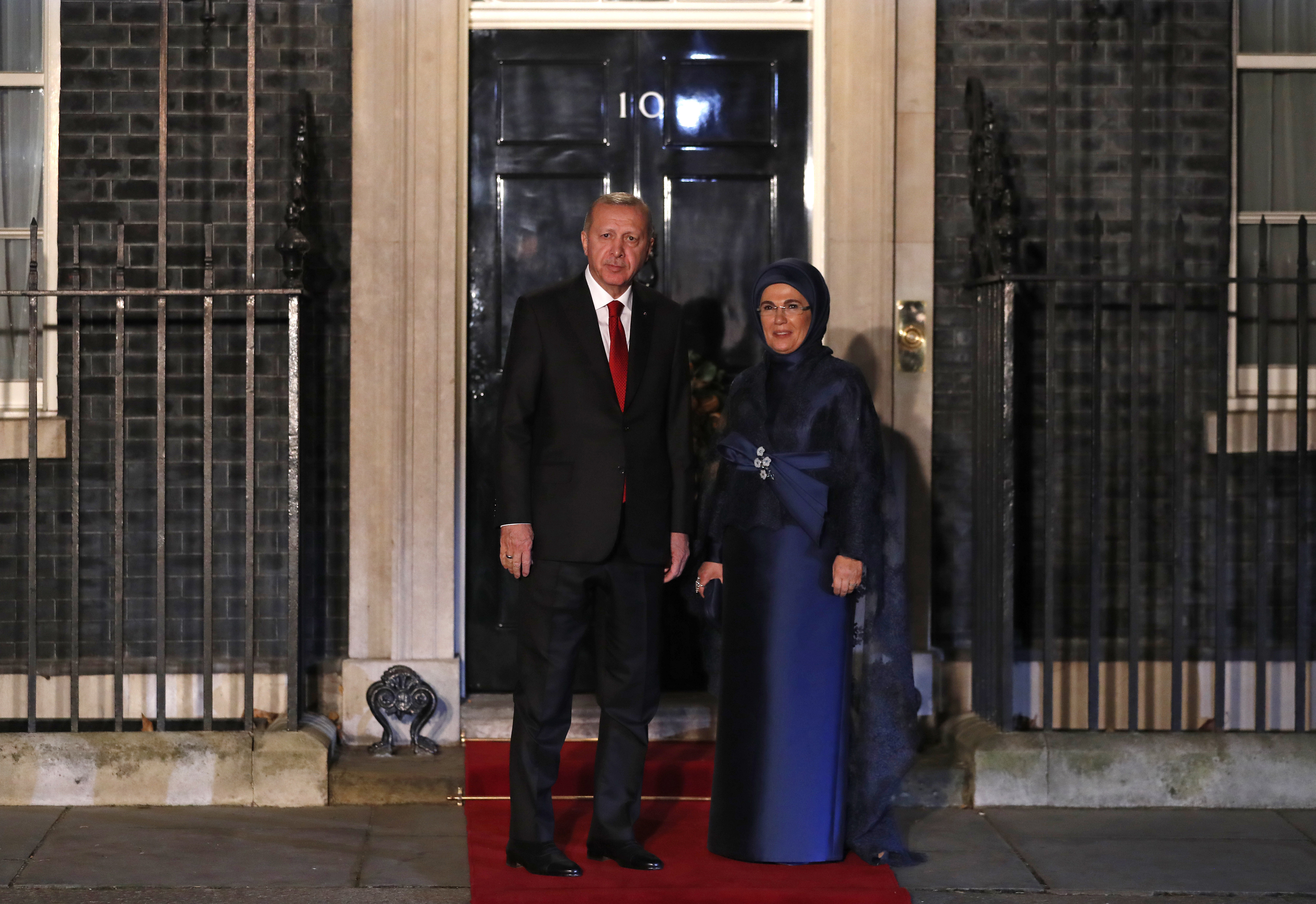 <p>Турският президент Реджеп Тайип Ердоган и съпругата му Емине</p>
