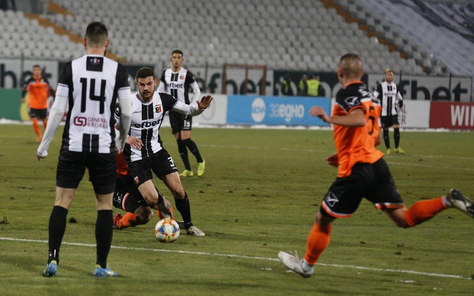 Локомотив (Пловдив)няма да прави разточителна селекция през зимата, въпреки че