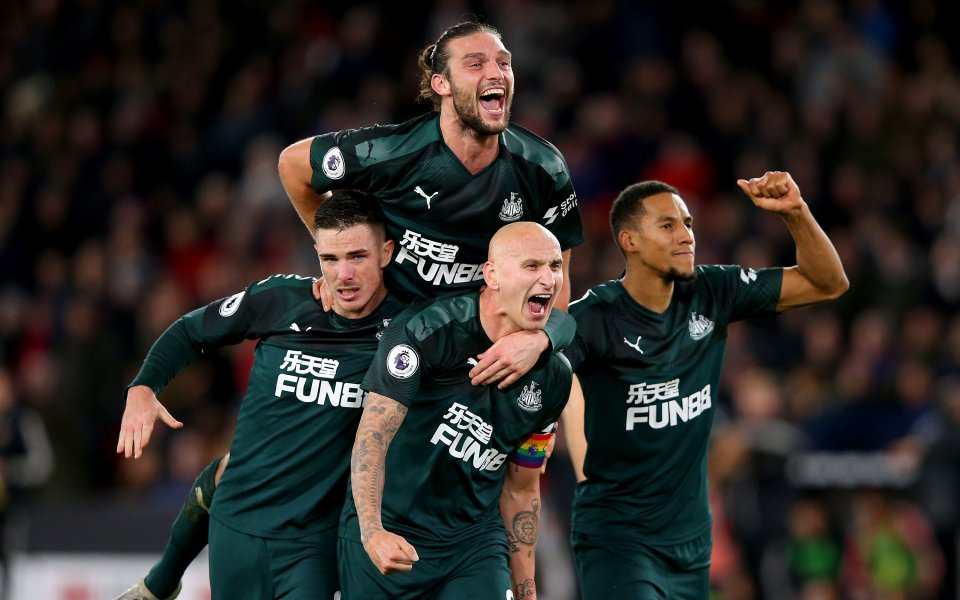 Тимът на Нюкасъл Юнайтед записа петата си победа в английския