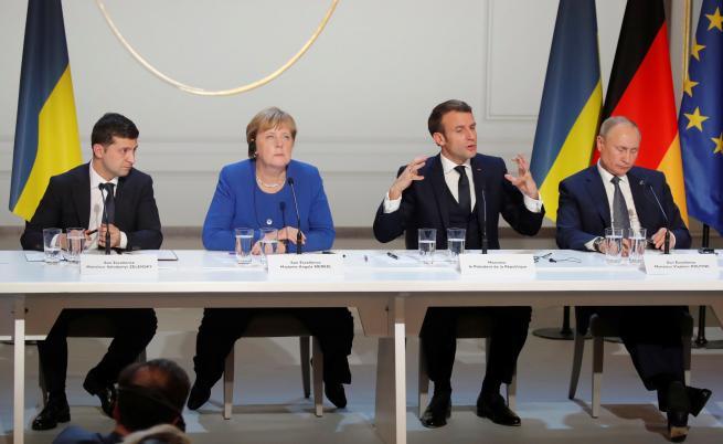 Путин и Зеленски се договориха: Спиране на огъня в Донбас