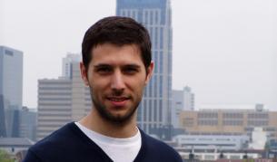 <p>Защо Любо Георгиев избра България&nbsp;</p>