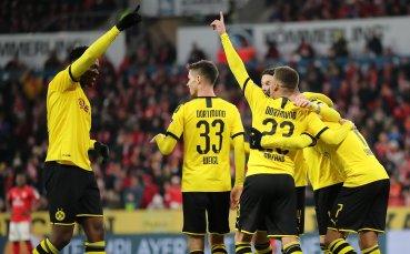 Дортмунд се закачи за лидерите след побой над Майнц