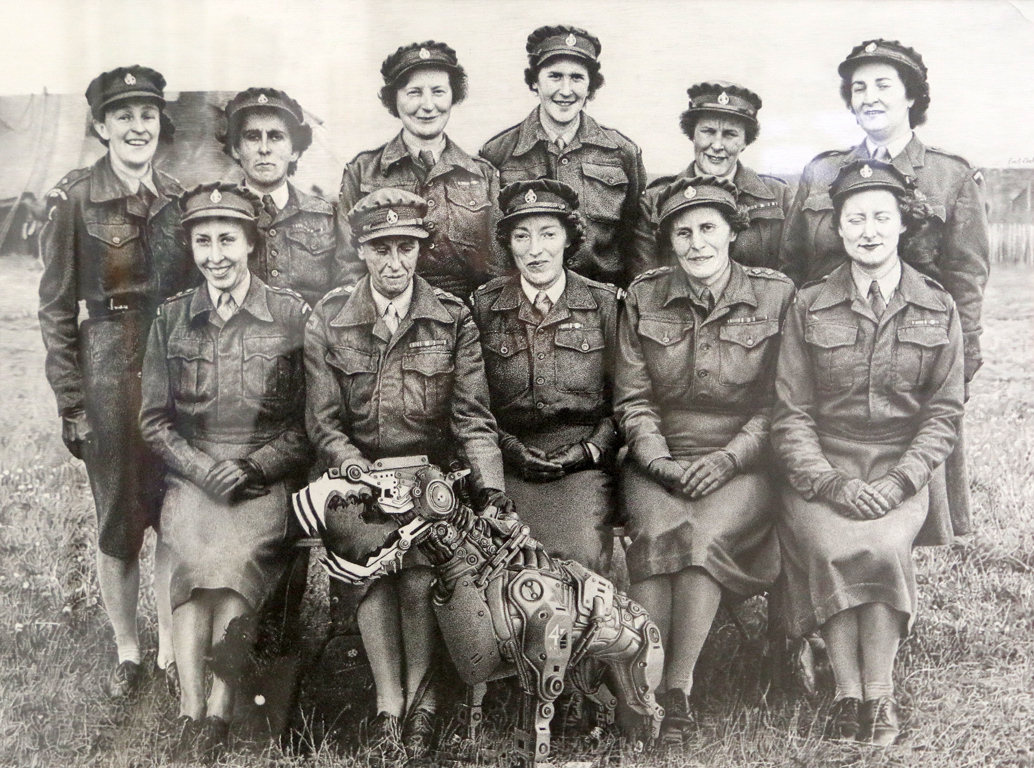 <p>Емил Желязков, Women&#39;s royal army corps</p>