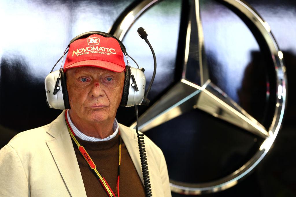 <p><strong>Ники Лауда</strong></p>  <p>През май месец изгубихме една от легендите на Формула 1 - Ники Лауда. Австрийският пилот бе една от легендите на спорта. Лауда ще бъде запомнен не само с таланта си, но и с несломимия си дух.</p>