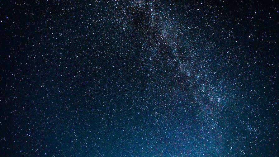 Астрономи: Сателитите на Мъск ще скрият звездите