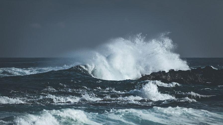 Морето в Созопол изхвърли тяло на жена