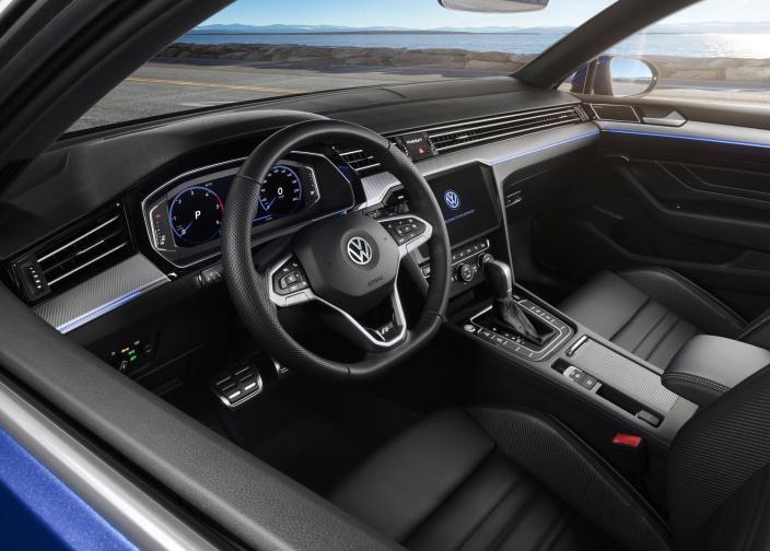 VW Passat галерия