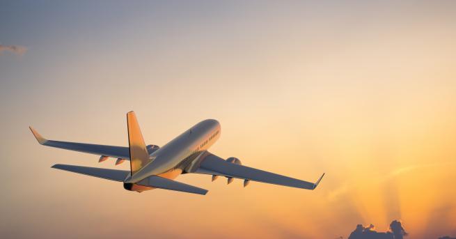 Свят Редица авиокомпании спират полетите си над Ирак и Иран