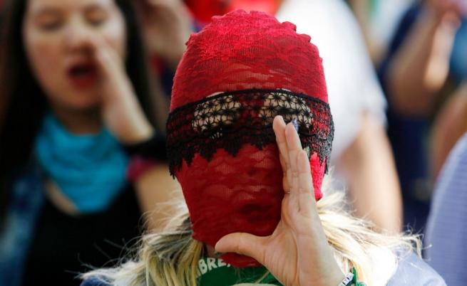Маскираните феминистки на Чили