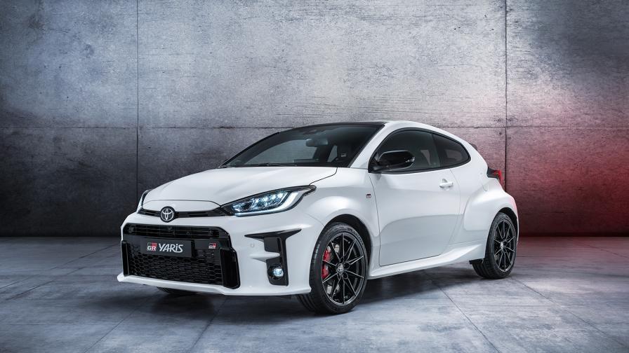 Новата Toyota GR Yaris е рали бегачка за начинаещи