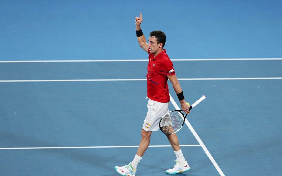 Баутиста Агут доближи Испания на победа от титлата в АТП Къп