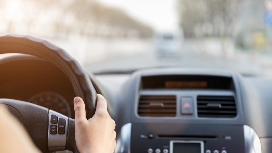 Защо повече от 70 000 южнокорейци се отказаха от шофьорските си книжки