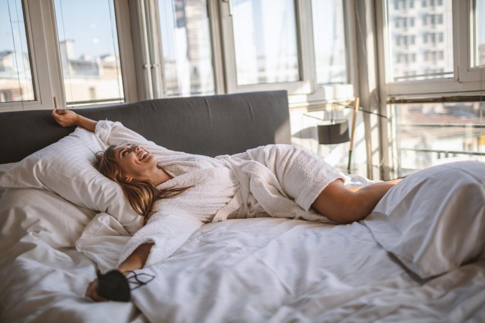 жена легло мързел книга